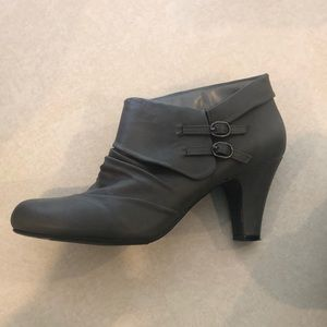 Adorable grey Maurices booties! Size 10